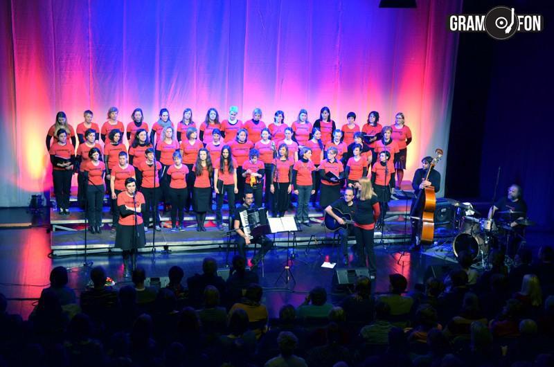 Kombinatke s koncertom počastile mednarodni dan žensk